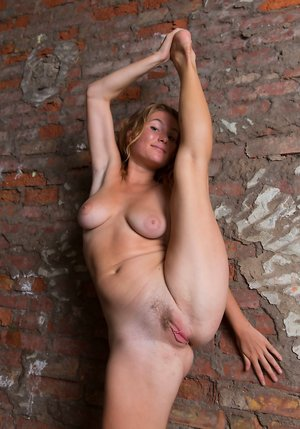 Free Teen Pussy Porn