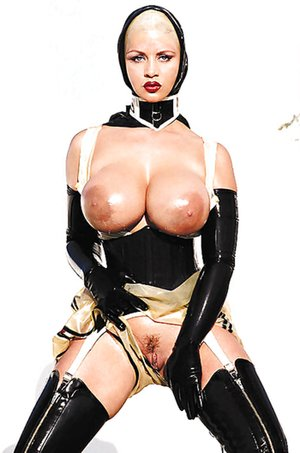 Free Huge Tits in Latex Porn
